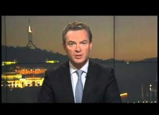 Defence Minister Christopher Pyne- Singapore Visit