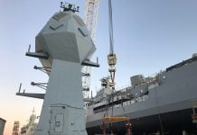 hmas-anzac-mast-installed